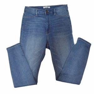 Refuge High Rise Light Wash Skinny Jeans, Size 8